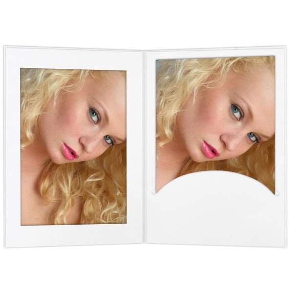 Portrait 13x18 weiß mit Passepartout und Schlitz